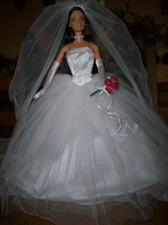 Les poupées mariées - Page 5 100_1820