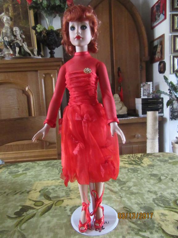 Kitty Collier.....le défilé de Miss Kitty Img_1115