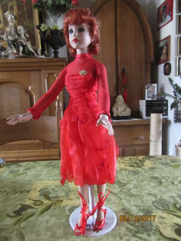 Kitty Collier.....le défilé de Miss Kitty Img_1116