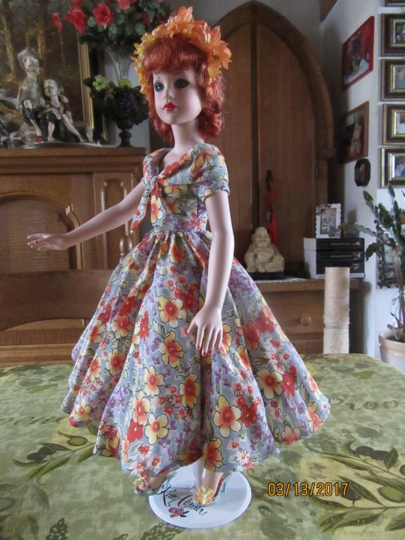 Kitty Collier.....le défilé de Miss Kitty Img_1118