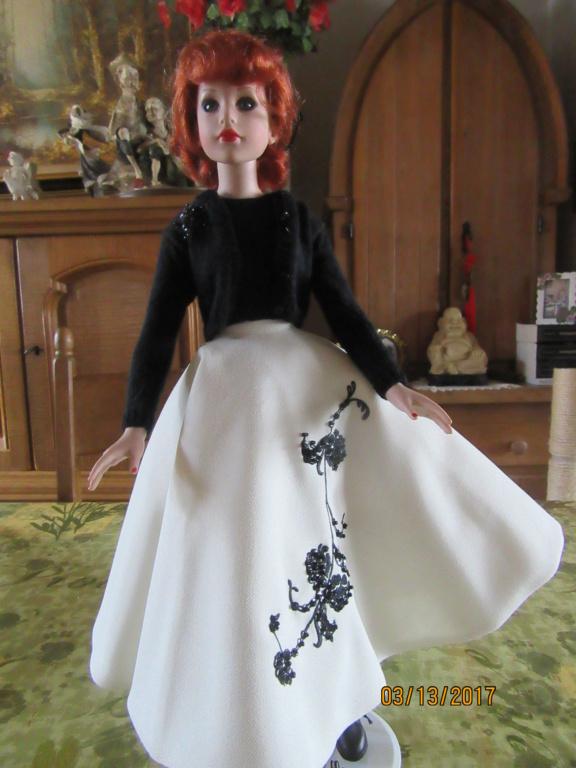 Kitty Collier.....le défilé de Miss Kitty Img_1123