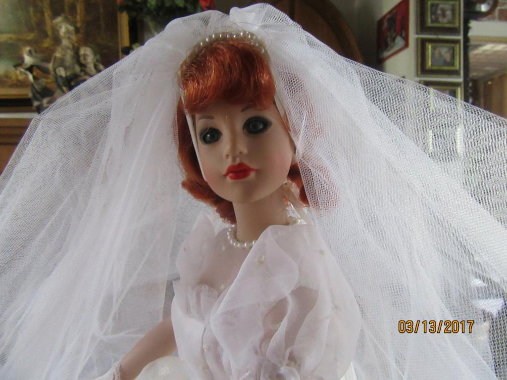 Kitty Collier.....le défilé de Miss Kitty Img_1127