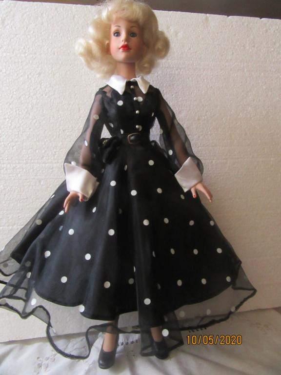 Kitty Collier.....le défilé de Miss Kitty Img_4554