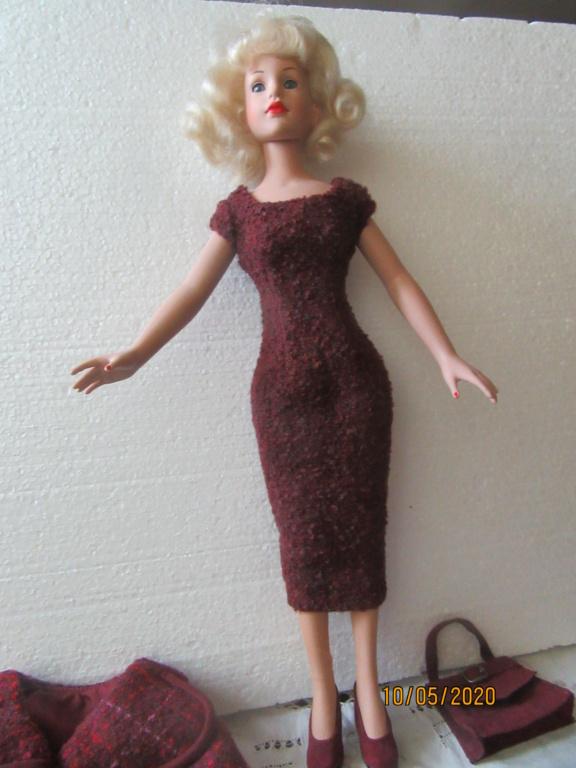 Kitty Collier.....le défilé de Miss Kitty Img_4560