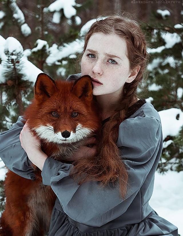 Elle créer des clichés sublimes avec des renards... 911