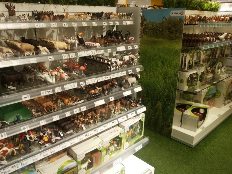 Schleich and Bullyland figures in store Kaufhof Munich 20160525