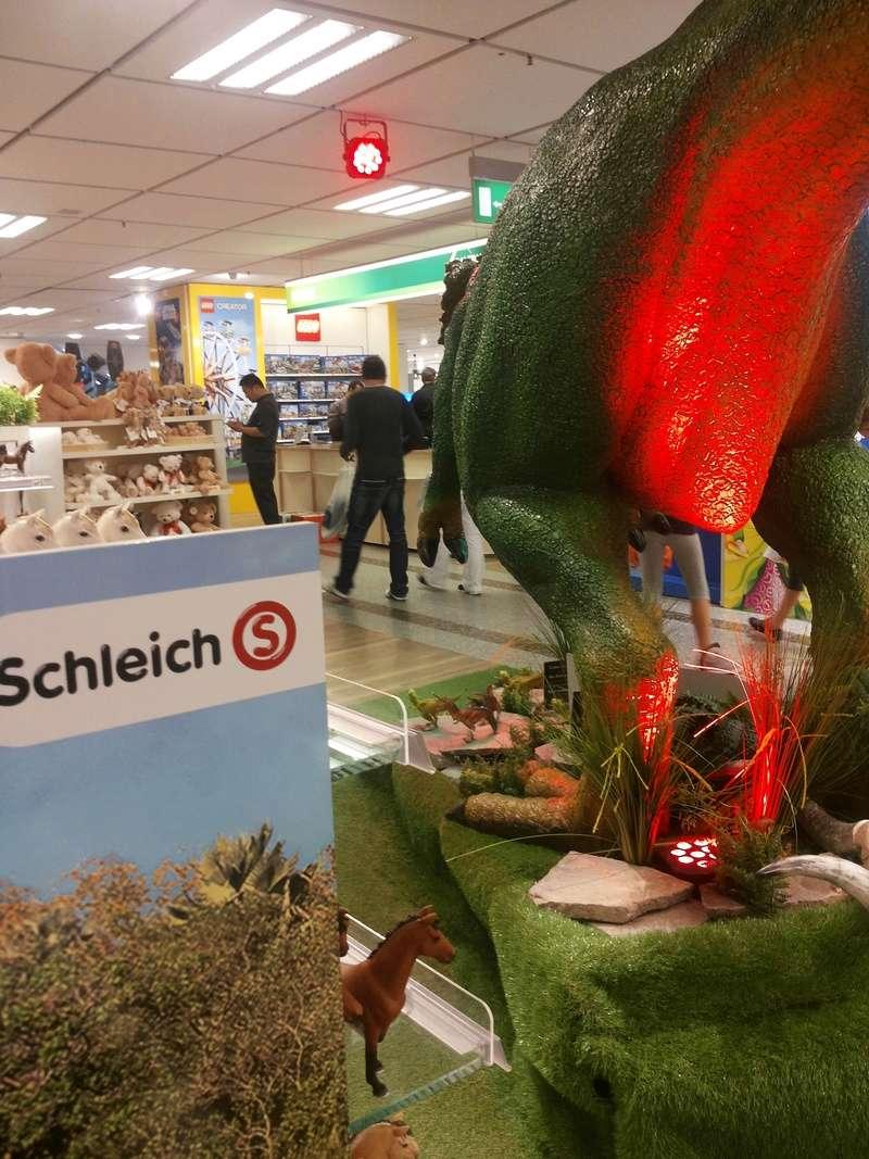 Schleich and Bullyland figures in store Kaufhof Munich 20160531