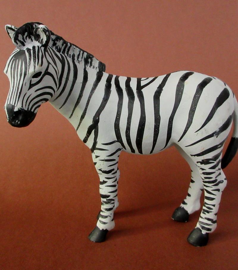 Walkaround:  Zebra by Sol90 by 75senta75 Img_1627