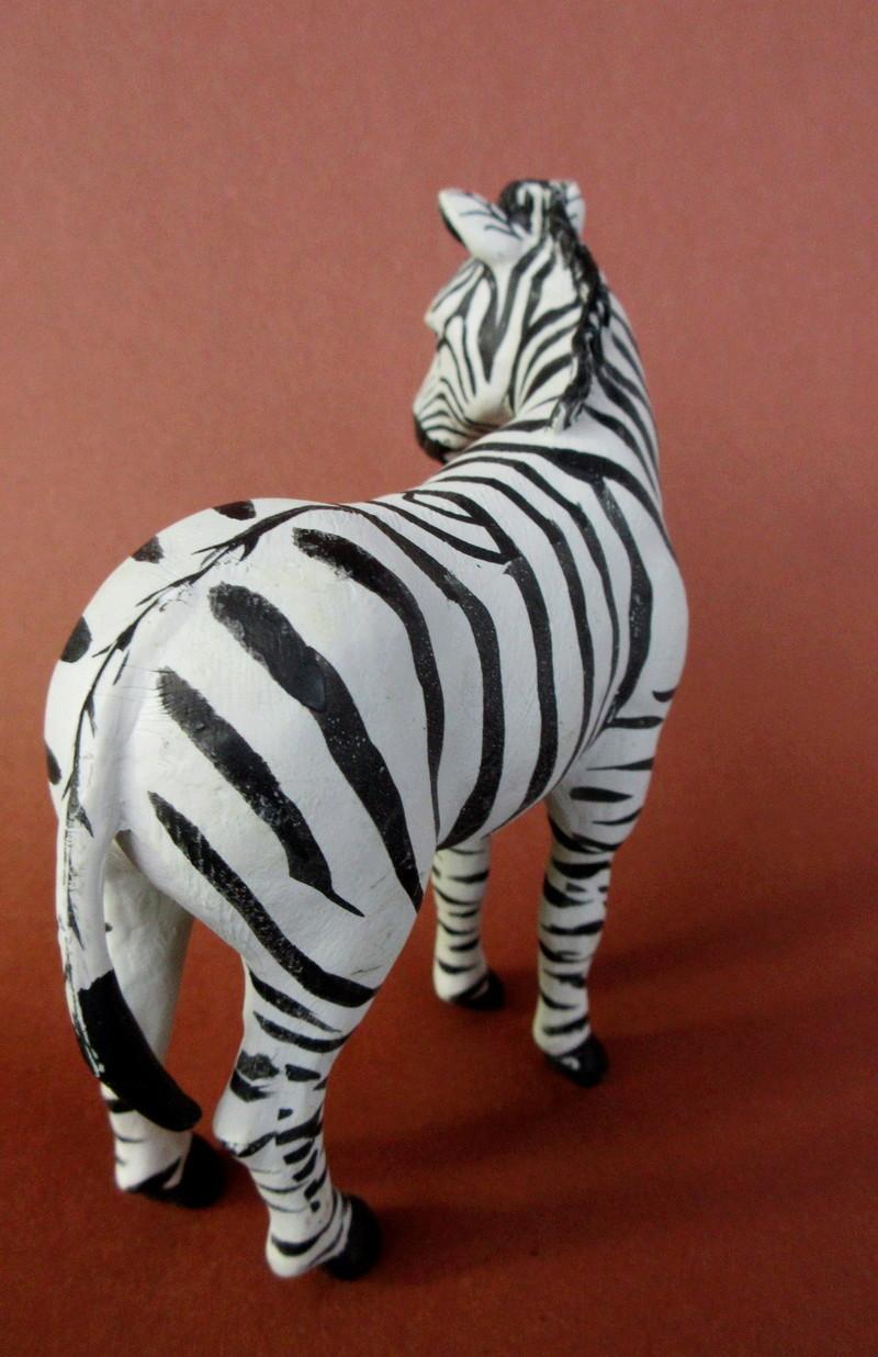 Walkaround:  Zebra by Sol90 by 75senta75 Img_1630