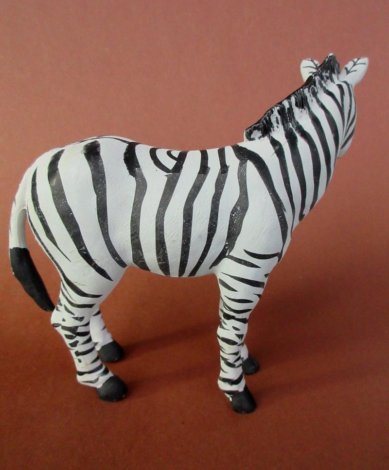 Walkaround:  Zebra by Sol90 by 75senta75 Img_1631