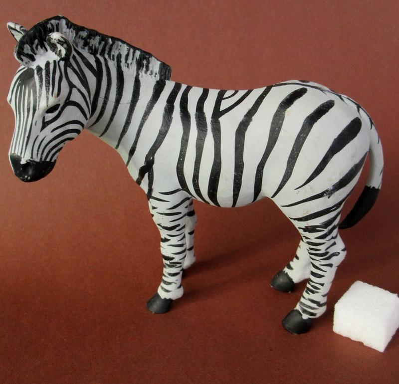 Walkaround:  Zebra by Sol90 by 75senta75 Img_1637