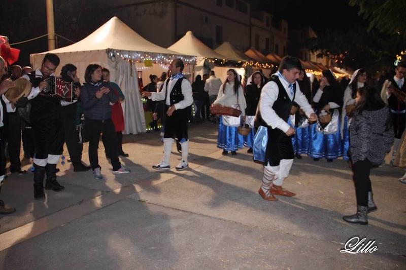 mercatino - Mercatino di Natale dell'Area Grecanica 2016 I_ball10