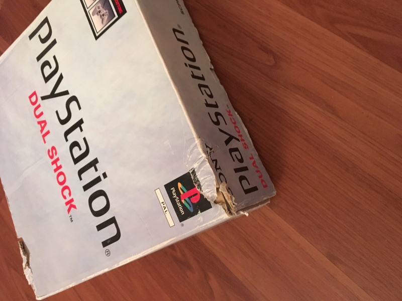 Vente Playstation 1&2 Consoles + FF7 pal Img_0334