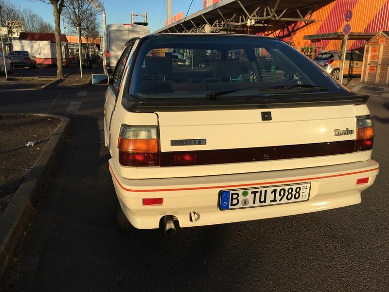 R11 Turbo ph2 1988 white ....23.000km Image17