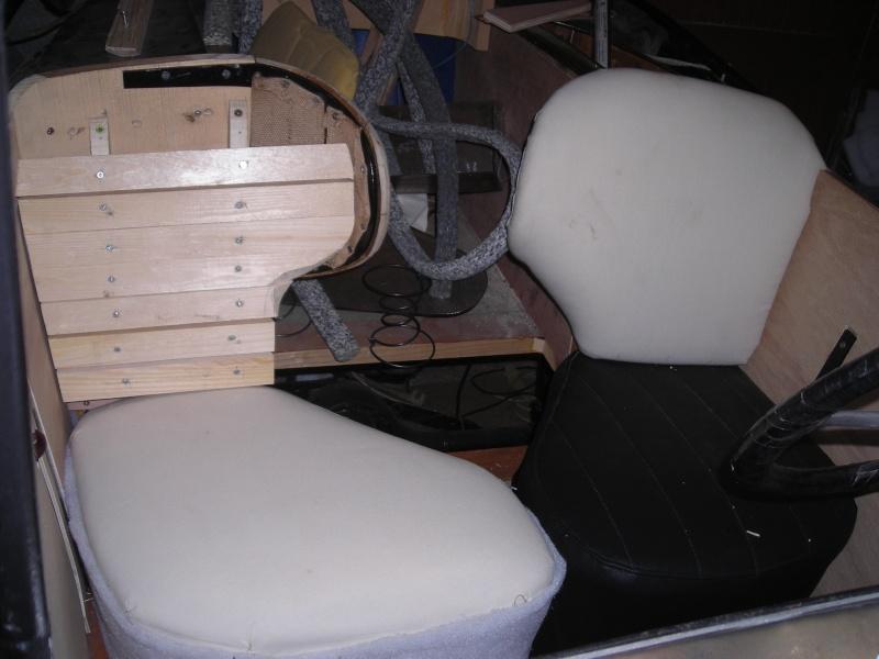Réfection des sièges d'un trèfle Dscn3813
