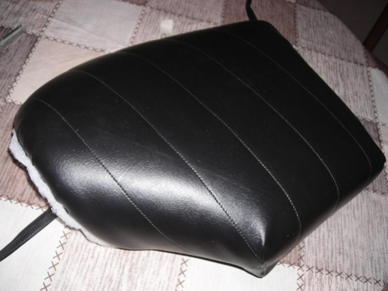 Réfection des sièges d'un trèfle Dscn3814