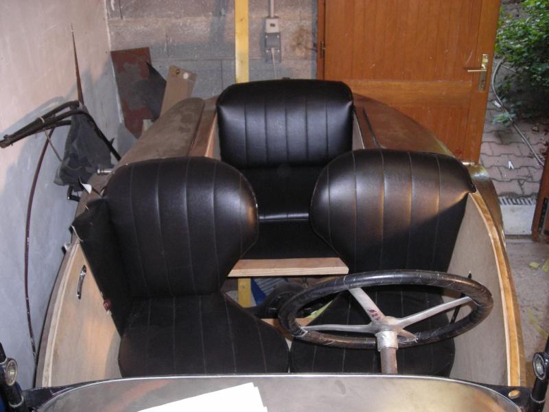 Réfection des sièges d'un trèfle Dscn3911
