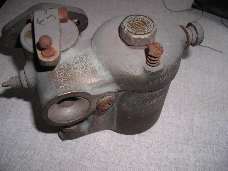 Recherche pièces pour completer un carburateur Dscn3913