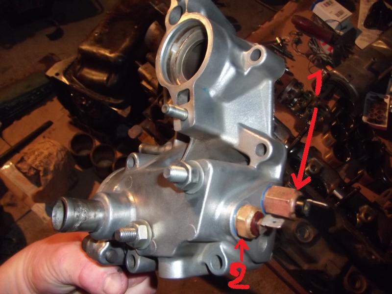Couleur sonde thermistance temperature d'eau sur bloc moteur Dscf1113