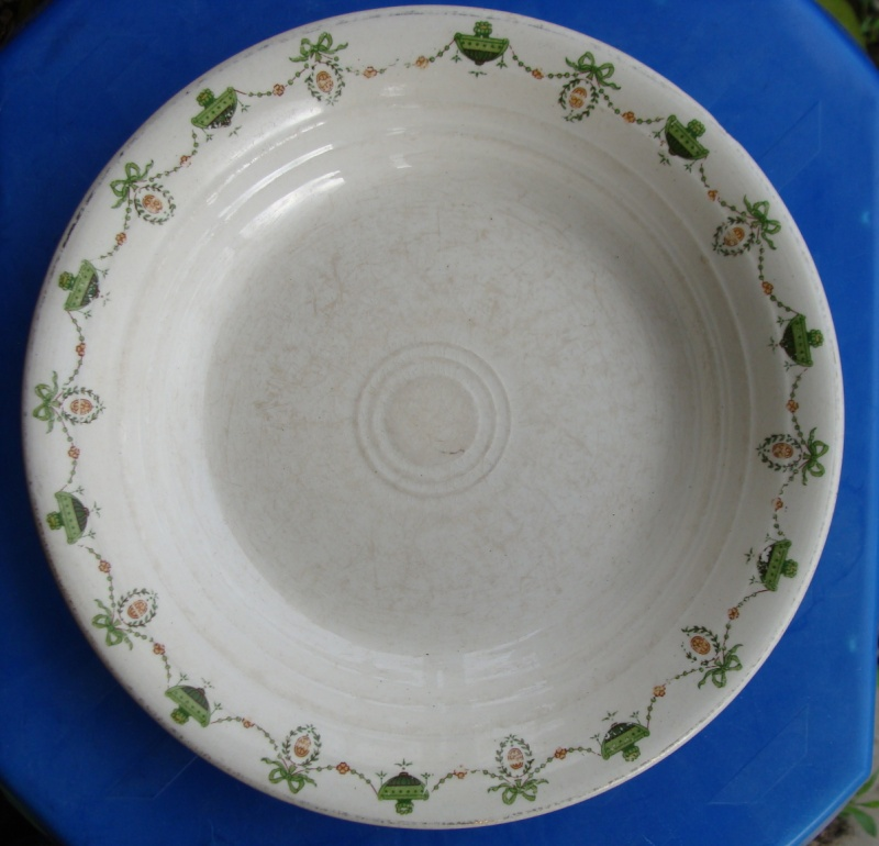 Early Paris tableware Ambrico pattern  Dsc01311