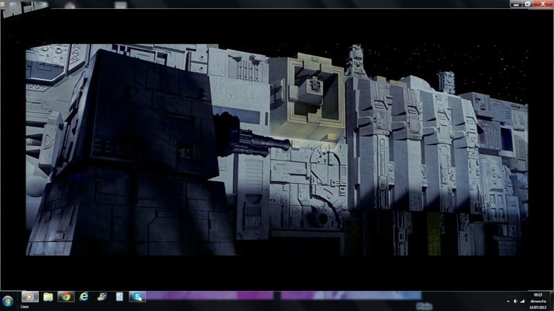 Mur tranchée Death Star Tuiles10