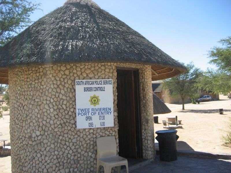 Two Rivers, parc transfrontalier de Kgalagadi en Afrique du Sud. 23262410