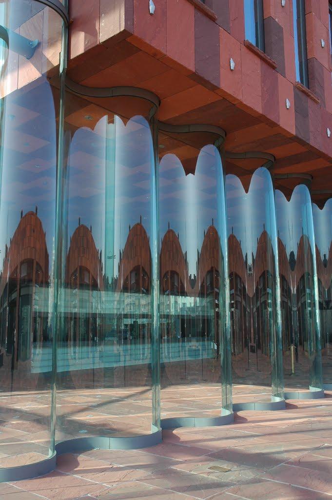 Reflets, réflexions, miroirs & C° - Page 2 58009510