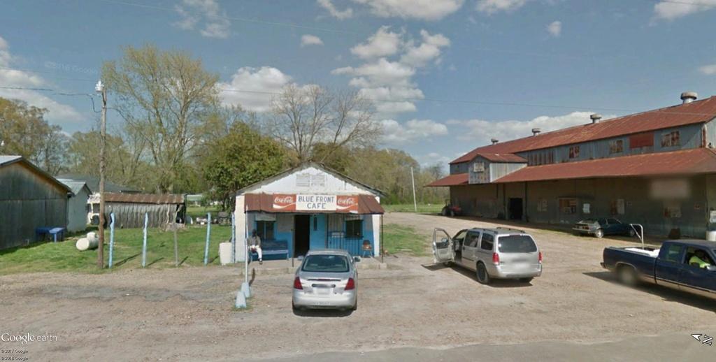 Le blues authentique dans les juke-joints du delta du Mississippi aux États-Unis - Page 2 Blue_f10