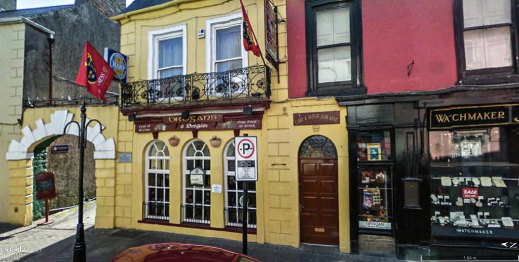 STREET VIEW : les pubs, une invitation à entrer... Brogan10