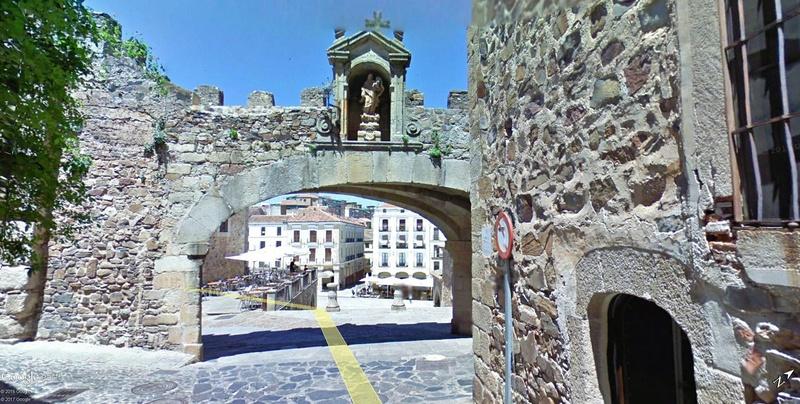 La ville de Cacérès en Espagne Patrimoine de l'Humanité !!  Cacyry12