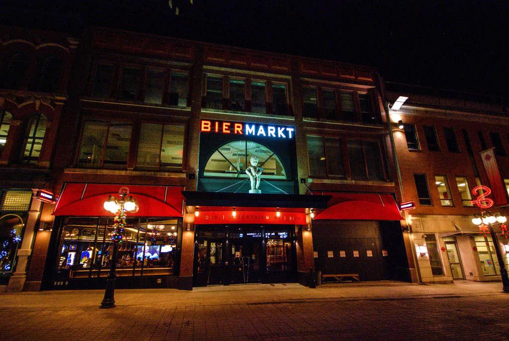 Maneken-Pis au Bier Markt à Ottawa - Canada !! Ottawa10
