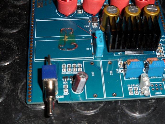 modifiche - SMSL SA-S3 amplificatore con Tripath TA2021 test e misure - Pagina 3 Cond-210