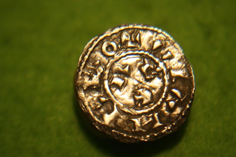 Denier semi-royal de Toulouse, Henri 1er et le Comte Pons (1037-1060) Img_0715