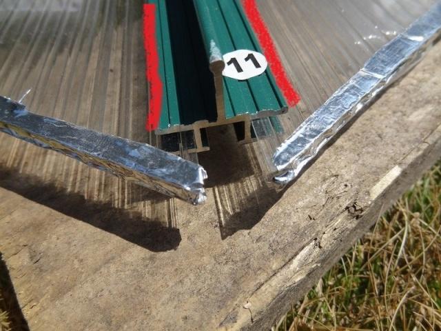 Montage plaques polycarbonate V81410