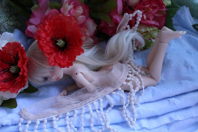 Emily 🎀 Les fleurs [Rhubarbe - Nobles Dolls] - Page 2 Em_0910