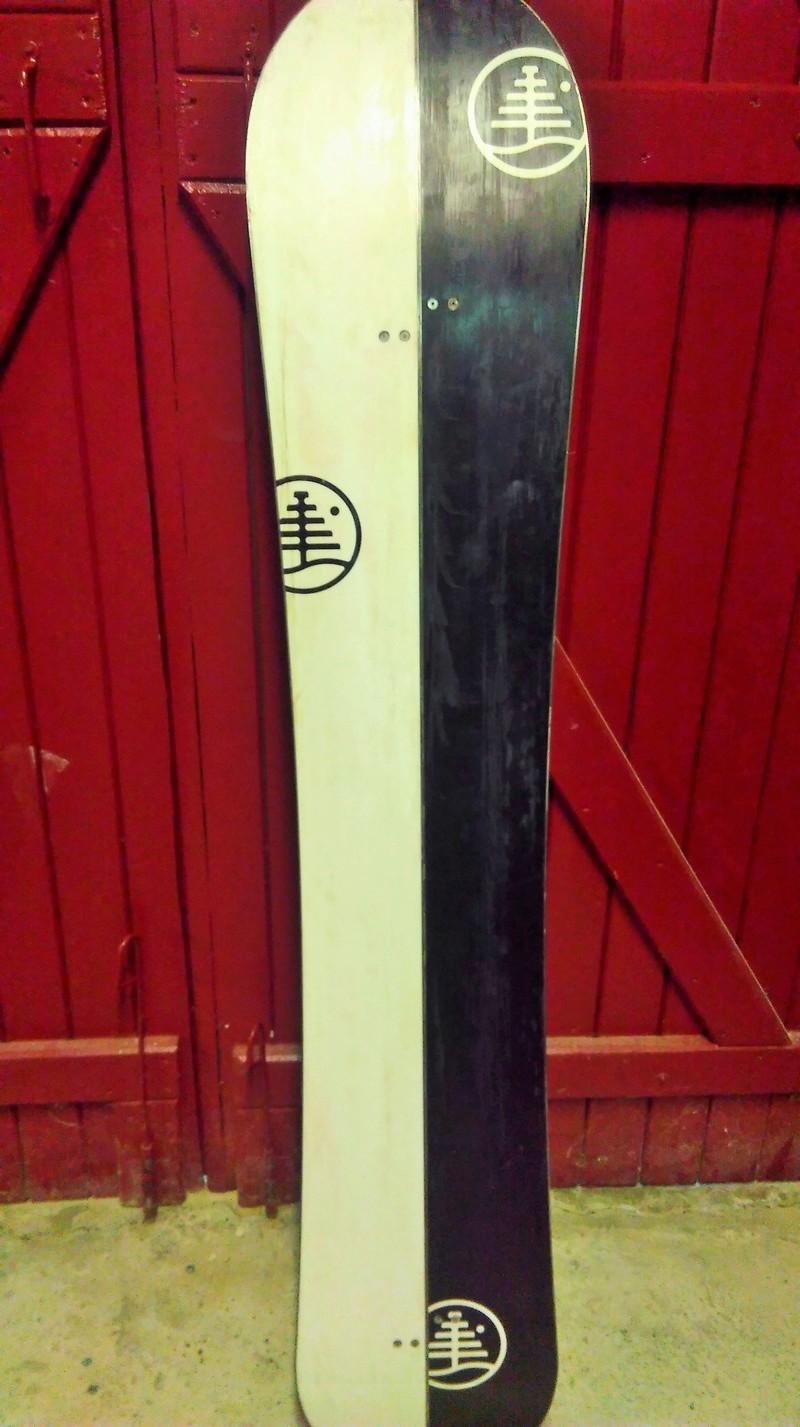 Burton Landlord 163,  250€ Imag0212
