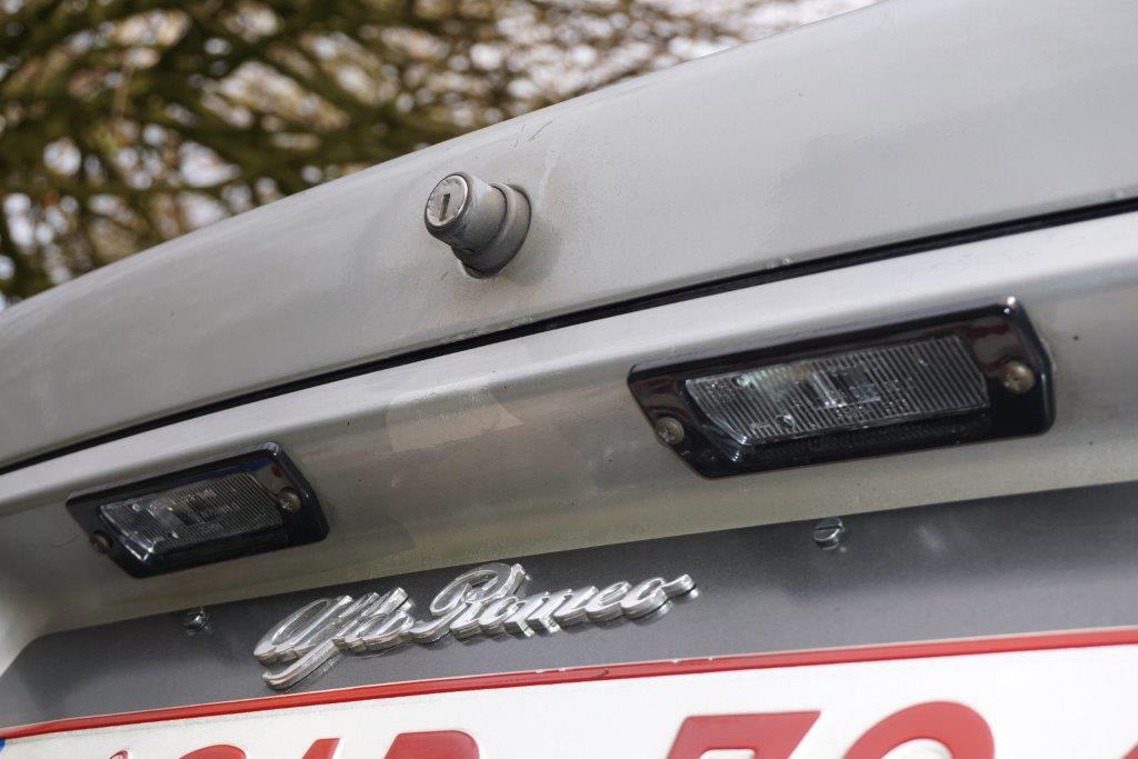Je vends ma GTV6 de 1987 140000km... 3410