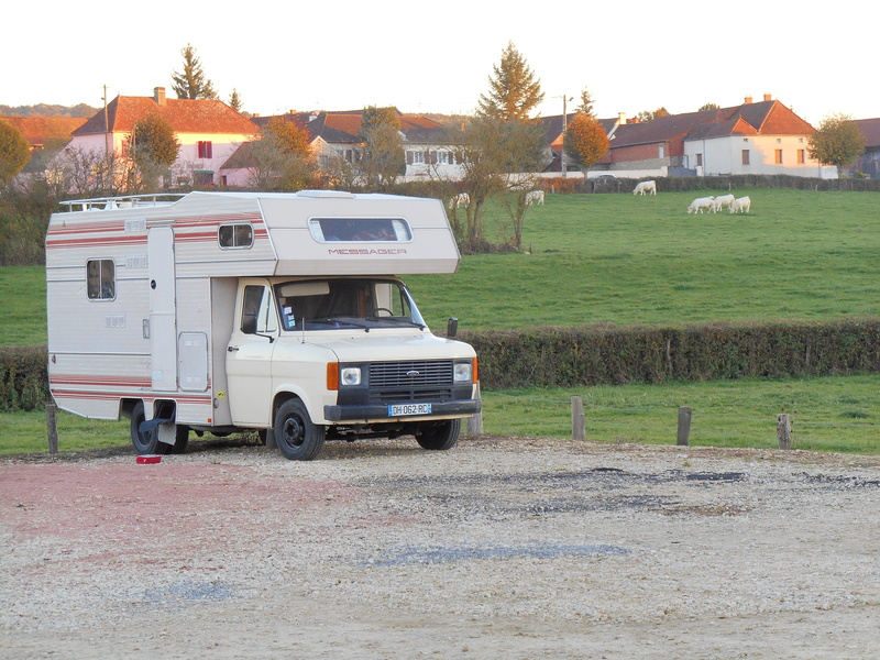 [MK2] mon camping car en photos Dscn1010