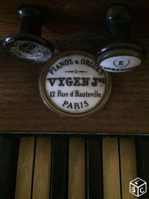photos des plaques et marques - Page 3 Vygen10