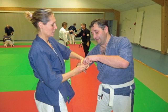Stage de Kyusho-Jitsu à Puiseaux le 21/10/2012 Cimg9313