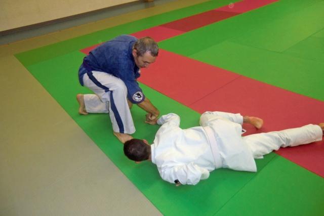 Stage de Kyusho-Jitsu à Puiseaux le 21/10/2012 Cimg9314