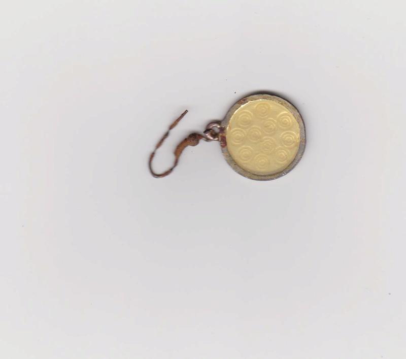 boucle d'oreille à identifier Boucle13