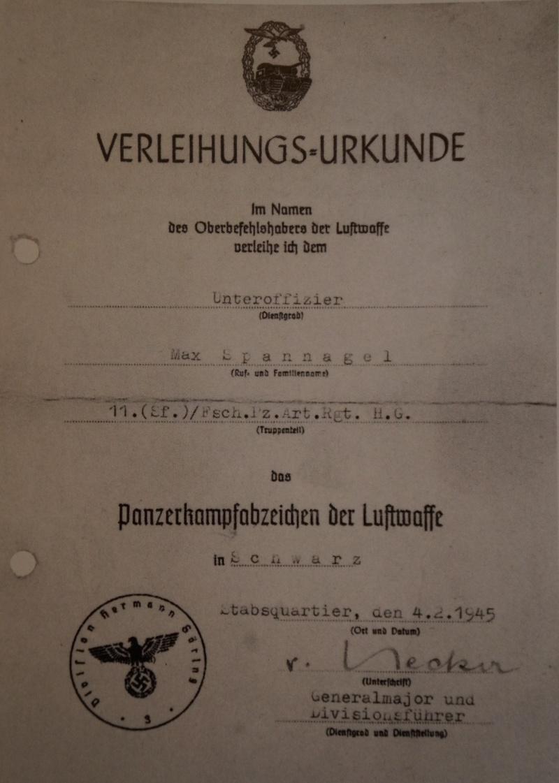 Vos décorations militaires, politiques, civiles allemandes de la ww2 - Page 7 Dsc00716