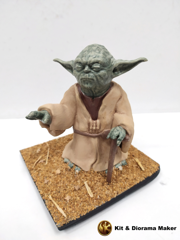 Statue de Yoda imprimée en résine 3D 410