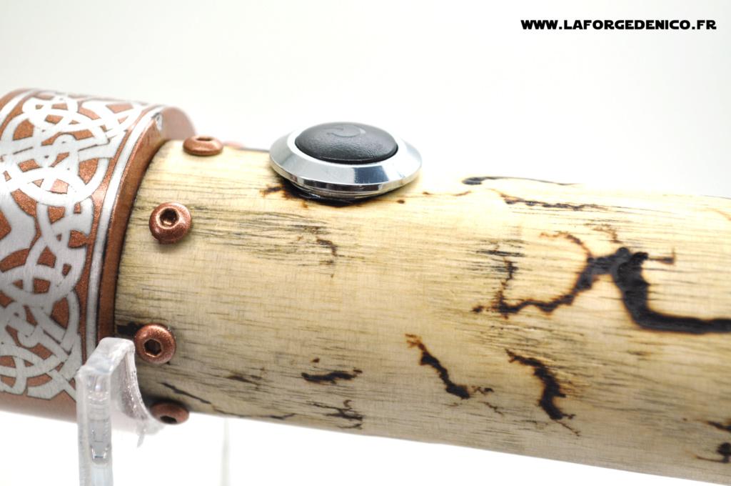 Sabre en bois foudroyé de Daniel Dsc_5744