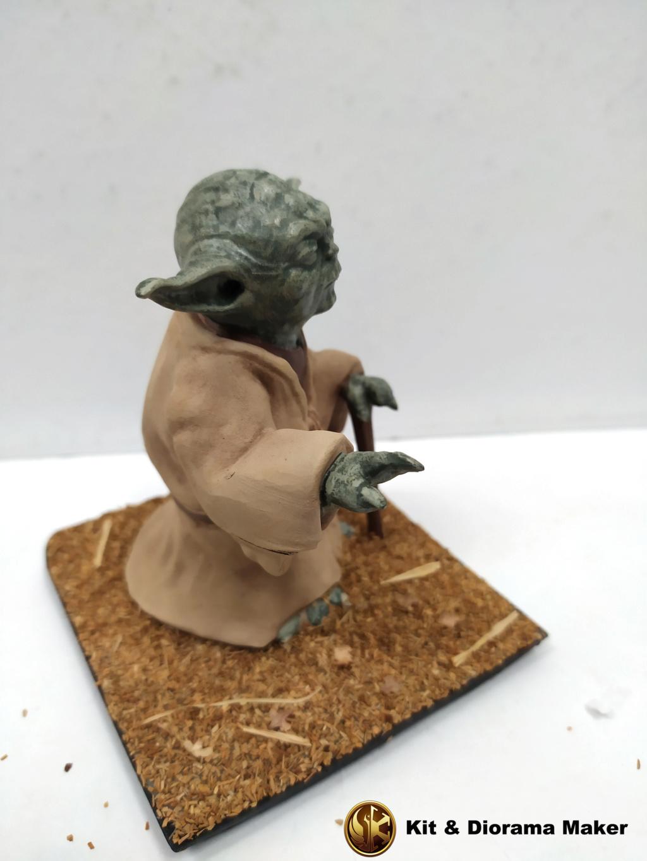 Statue de Yoda imprimée en résine 3D Img_2140