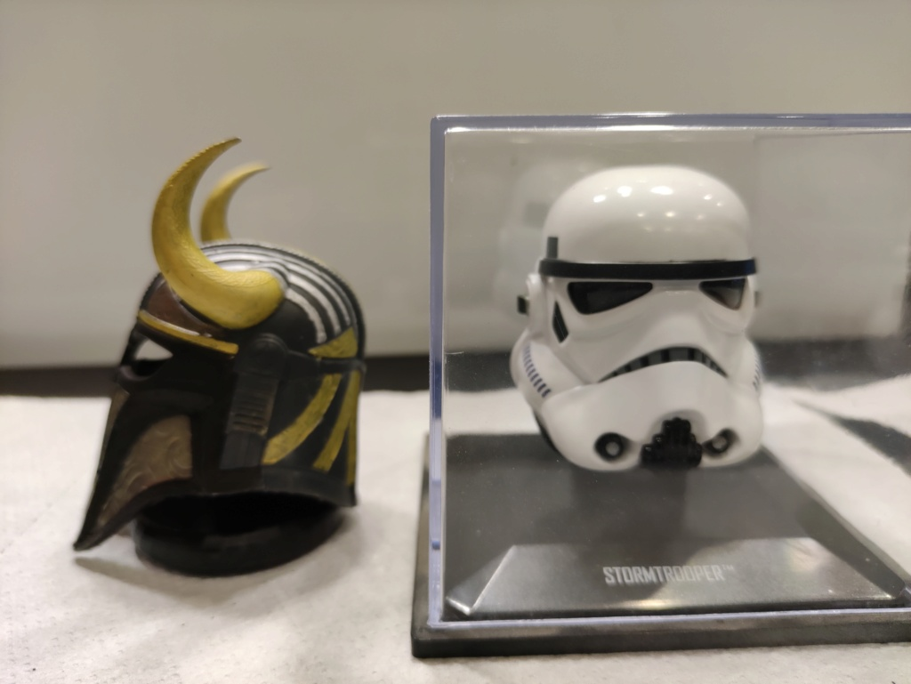 Mini casques star wars échelle 1/5 Img_2182