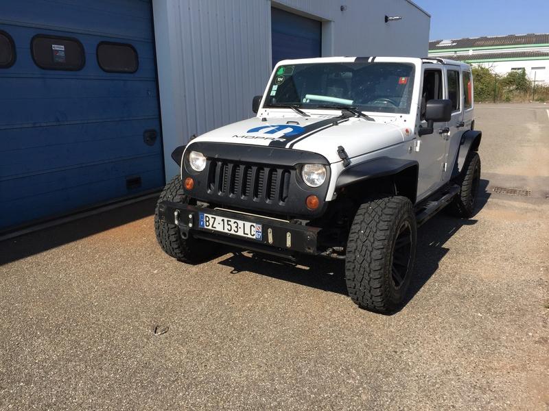 Mon Jeep a l'échelle 1/10  Img_3411