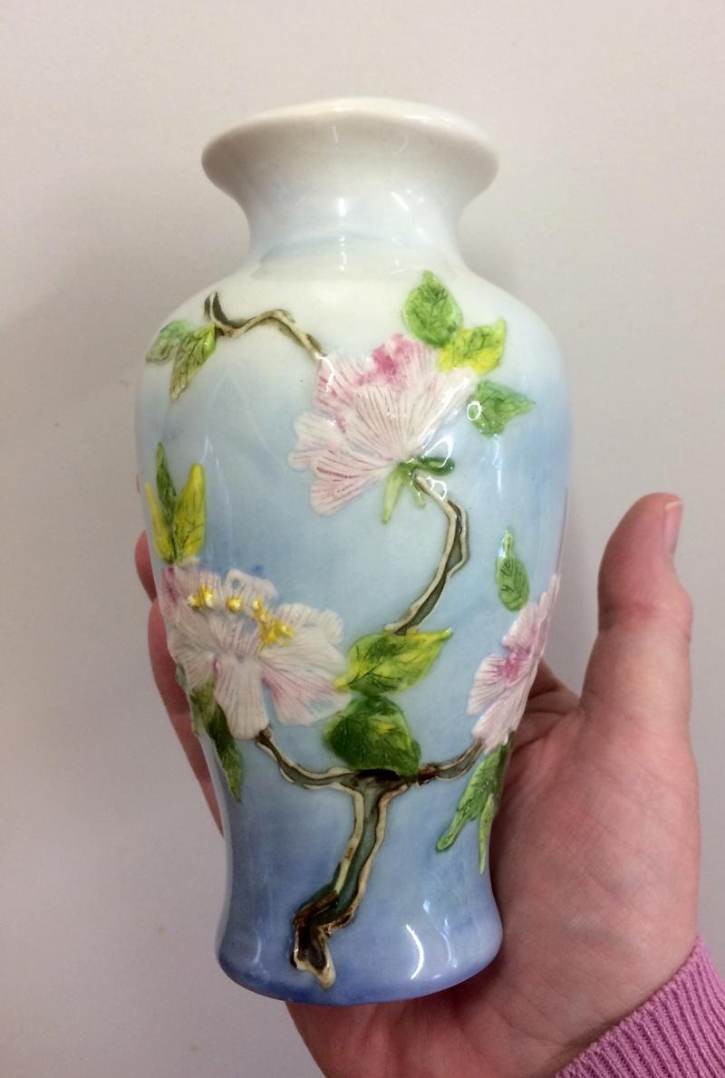 Majolica-style Vase  Img_2116
