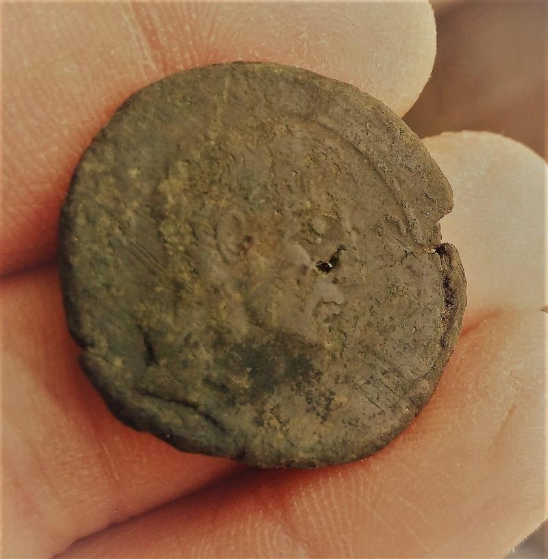 Monnaie romaine à identifier... Img_1511